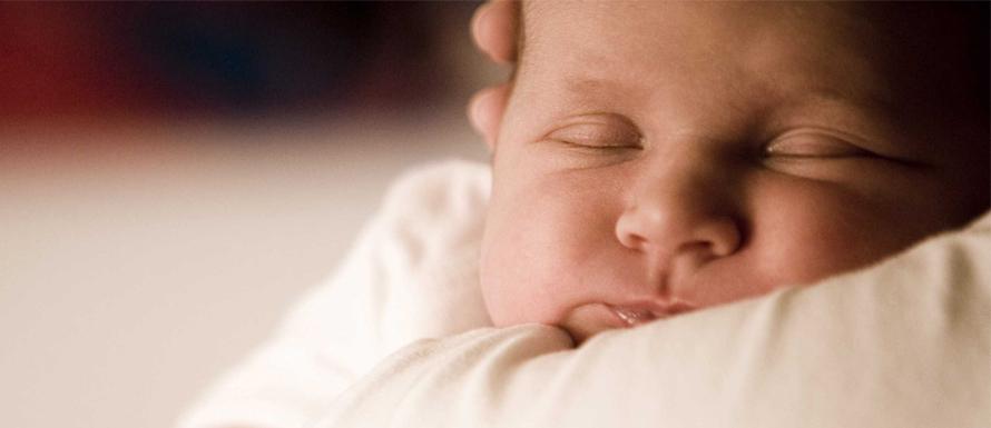 Pentingnya Berat Badan Normal pada Bayi Baru Lahir